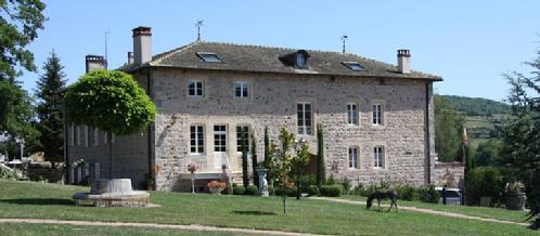 Manoir Montdidier Bed & Breakfast